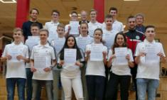 Frisch gebackene Junior-Coaches - Zertifikatsverleihung