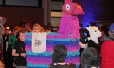 Kreative Kostüme beim SV-Karneval